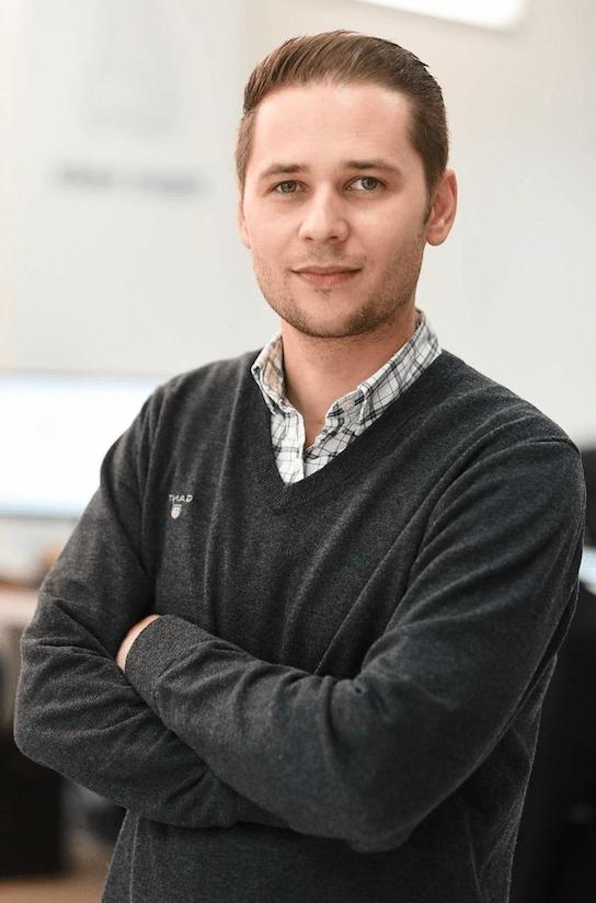 פבל ישראלסקי מומחה שיווק דיגיטלי