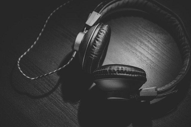 פייסבוק משיקה בדיקה ראשונית לחדרי אודיו בטייוואן